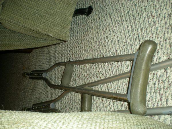 American crutches